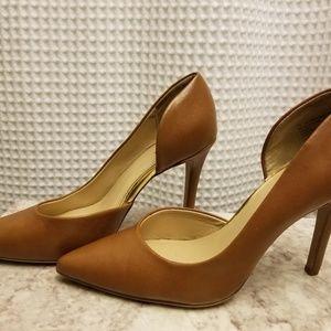 7.5 Camel heels